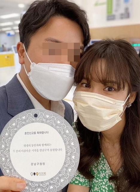 방송인 김준희(오른쪽)와 남편/ 사진=인스타그램