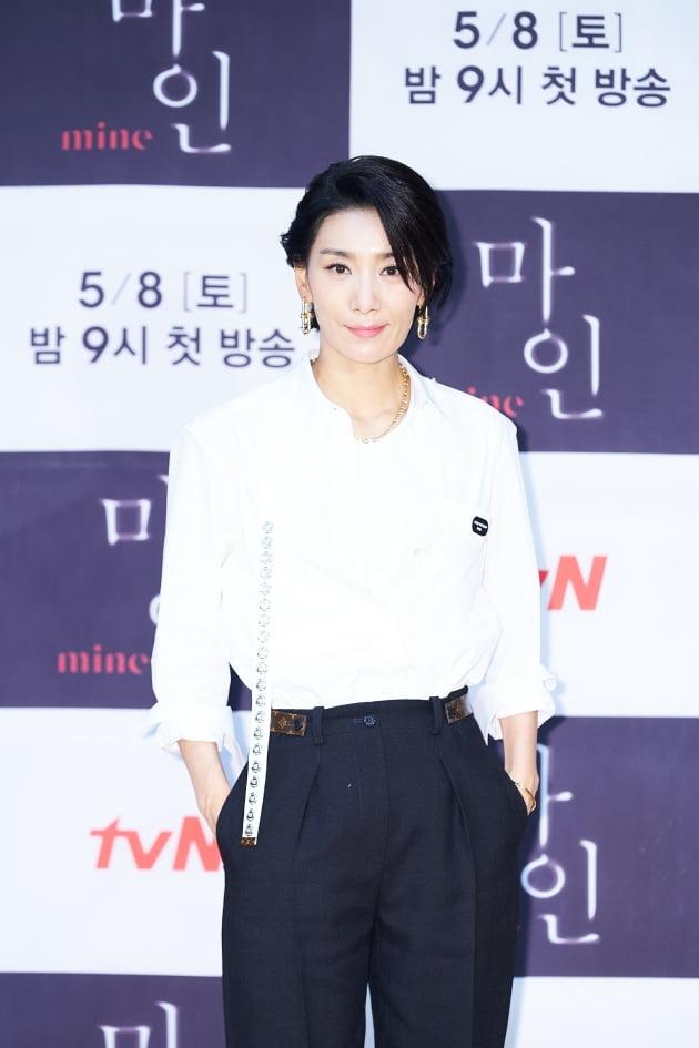배우 김서형이 7일 오후 온라인 생중계된 tvN 새 토일드라마 '마인' 제작발표회에 참석했다. /사진제공=tvN