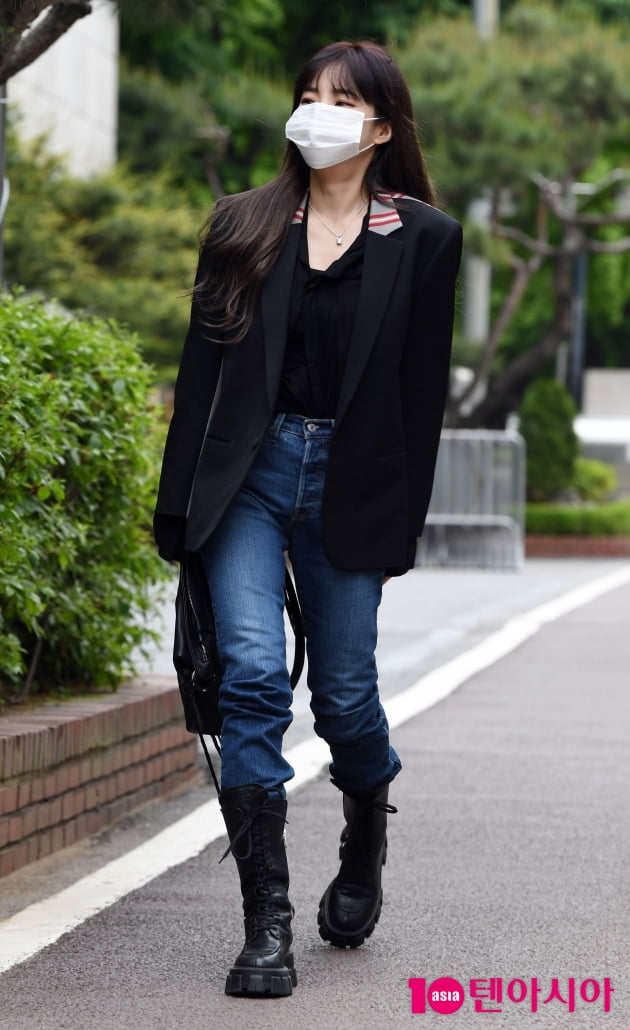 [TEN 포토] 헤이즈 '종잇장 몸매'