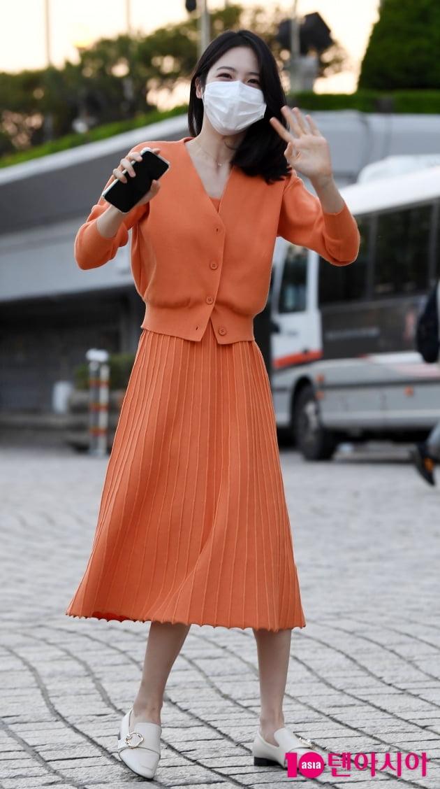 [TEN 포토] 신예은 '달콤한 오렌지 소녀'