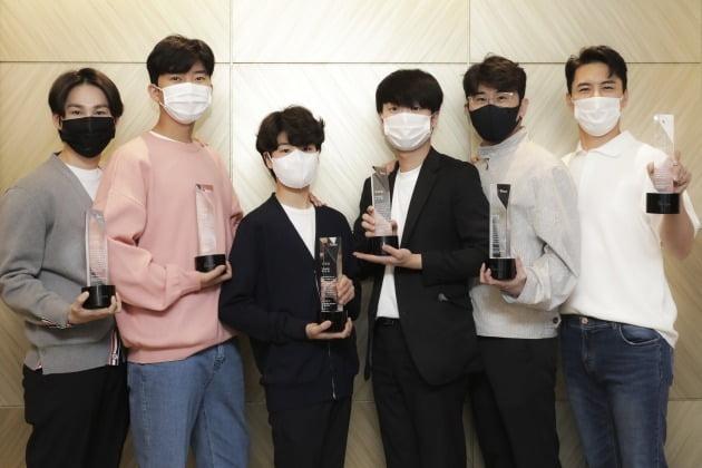 '미스터트롯' TOP6 공로패 수상./사진제공=TV조선