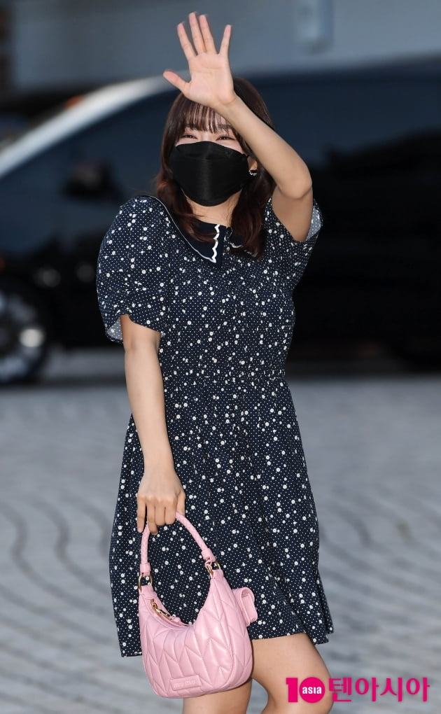 [TEN 포토] 김세정 '예쁨 장착한 맑은 미소'