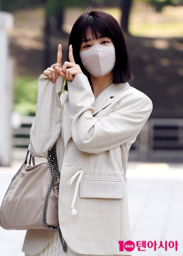 [TEN 포토] 박하선 '11시에 만나요'
