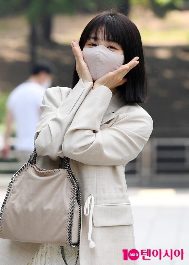 [TEN 포토] 박하선 '꽃한송이가.....'