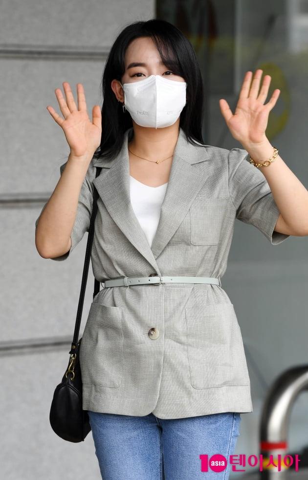 [TEN 포토] 윤하 '청초한 인사'