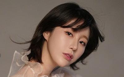"""나비 """"첫 아들 출산, 아직 얼떨떨해요"""""""