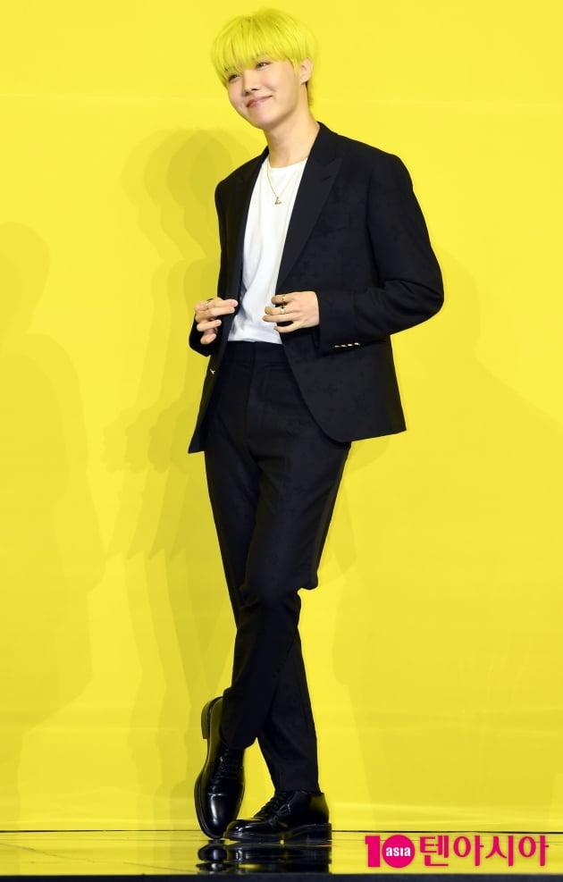 [TEN 포토]방탄소년단(BTS) 제이홉 '손짓 하나에도 팬들 심쿵'