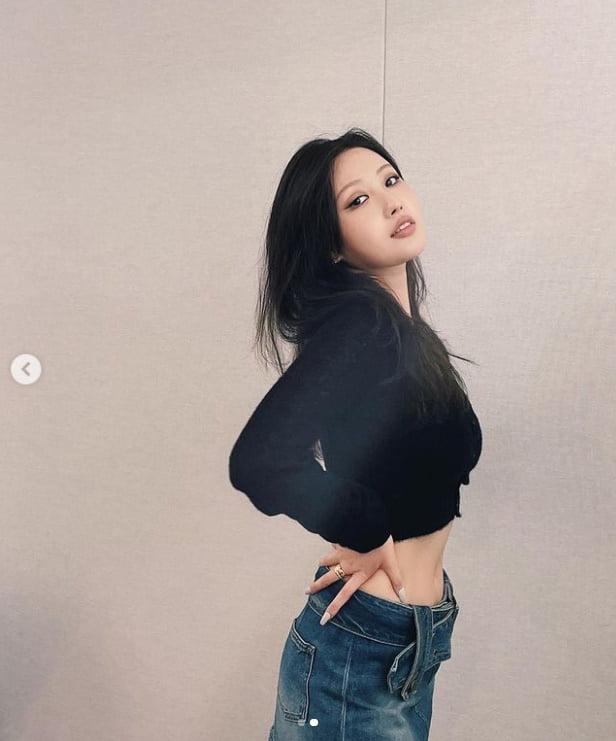 이사배 '옷사이로 보이는 11자 복근'[TEN★]