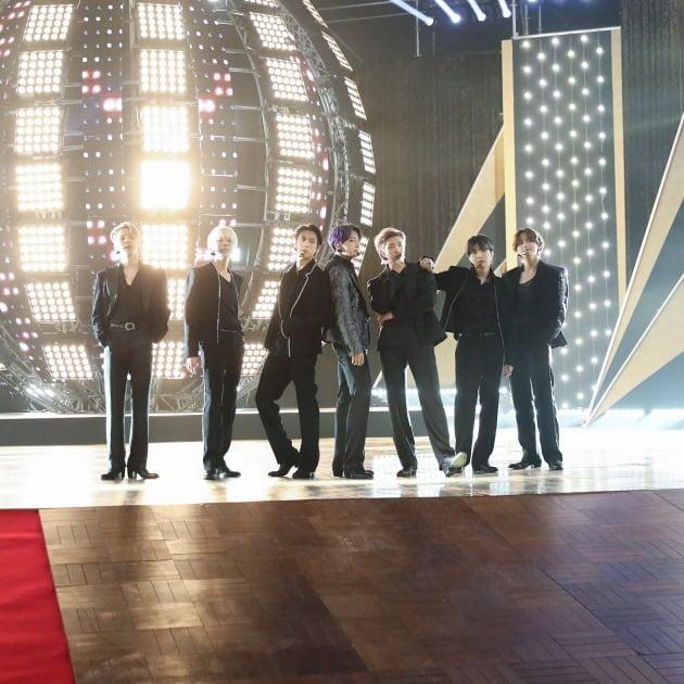/사진 = Billboard Music Awards SNS