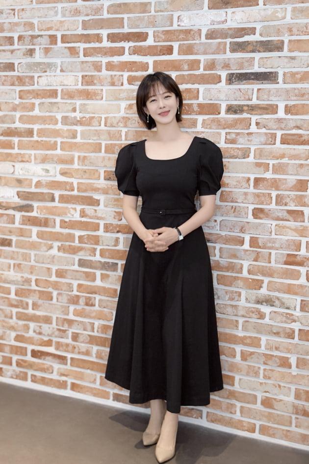 tvN 드라마 '마우스'에서 시사 교양 PD 최홍주 역으로 열연한 배우 경수진. /사진제공=YG엔터테인먼트