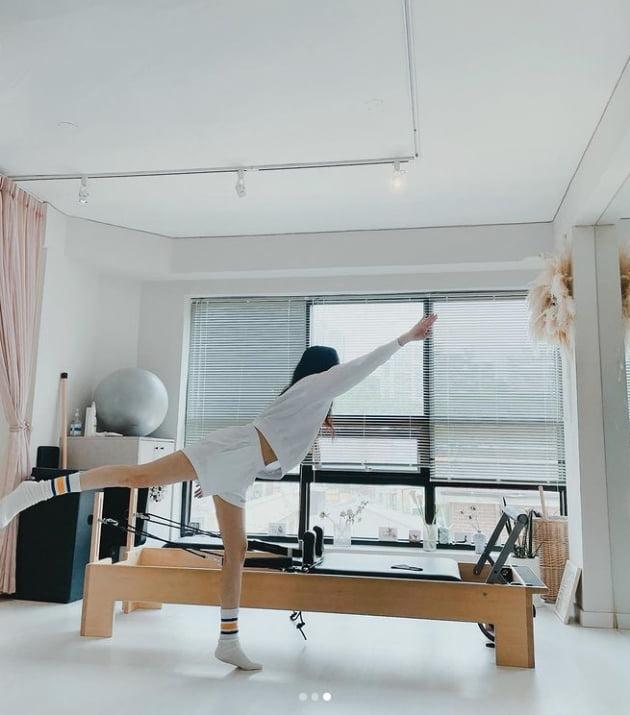정려원 '손담비 좋은 옷 만들어줘서 고마왕..찐친 인증샷' [TEN★]