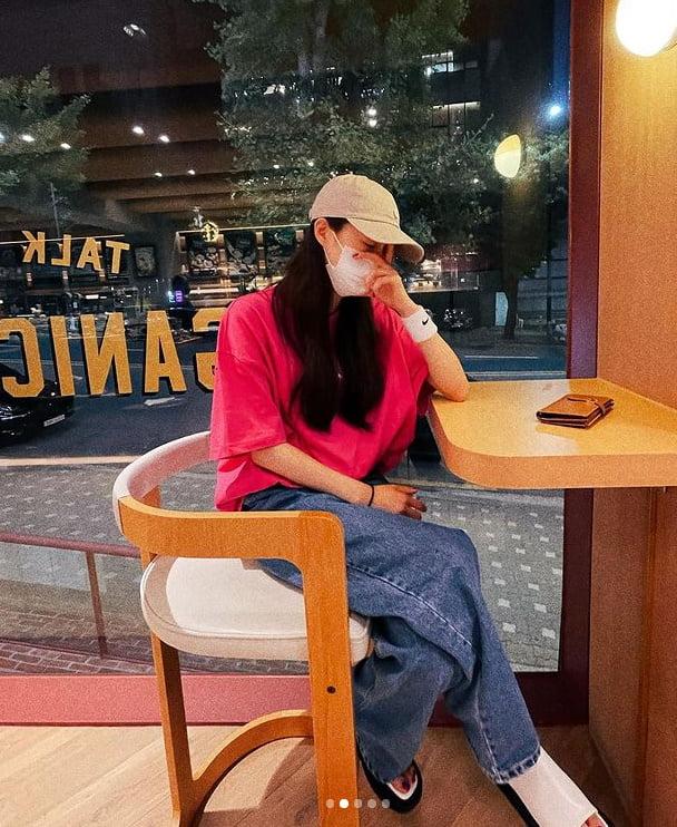 이선빈 '♥ 이광수와 데이트?...마스크+모자 가려도 연예인 포스' [TEN★]
