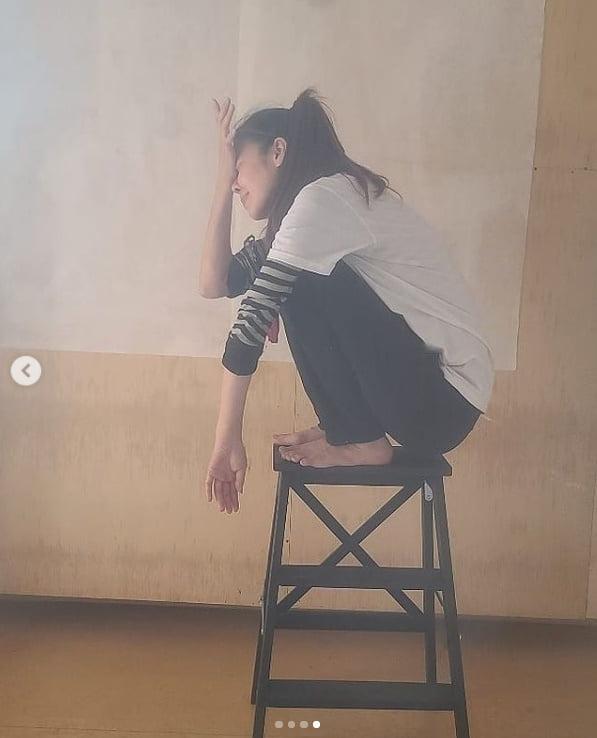 김규리 '도배장인?...어디 가서 안 굶을 듯~' [TEN★]