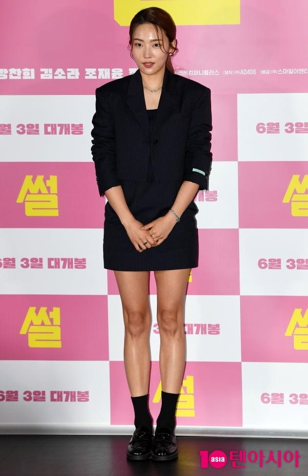 [TEN 포토] 김소라 '떨리는 포토타임'