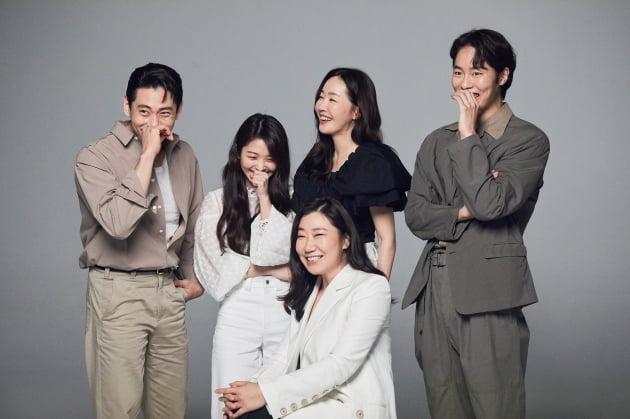 류준열부터 라미란까지, 씨제스 소속 10人 배우 아우라 '폭발' [화보]