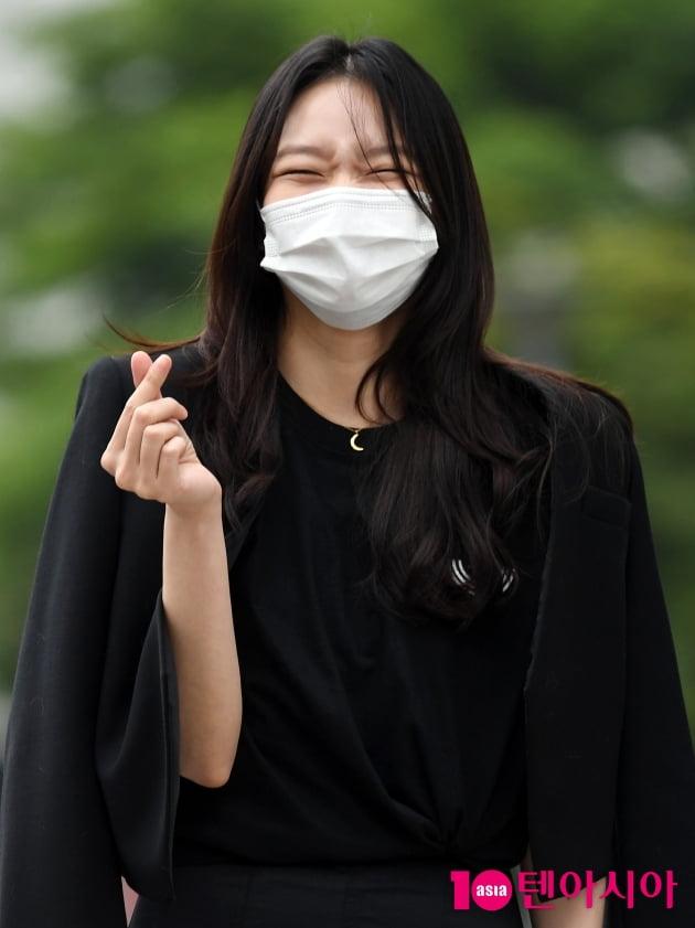[TEN 포토] 이솜 '빵 터져도 이뻐'