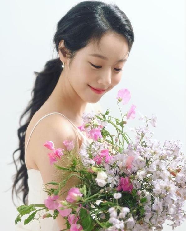 '경영대 여왕벌' 이시원 '꽃보다 아름다운 미소' [TEN★]
