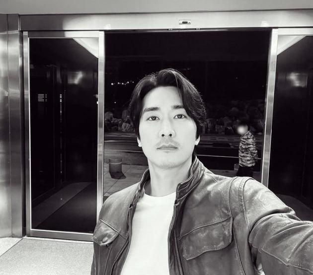 송승헌 '눈썹만큼 짙은 수염' [TEN★]