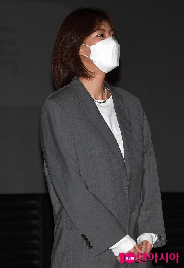 [TEN 포토] 배다빈 '홍일점 매력'(파이프라인 무대인사)