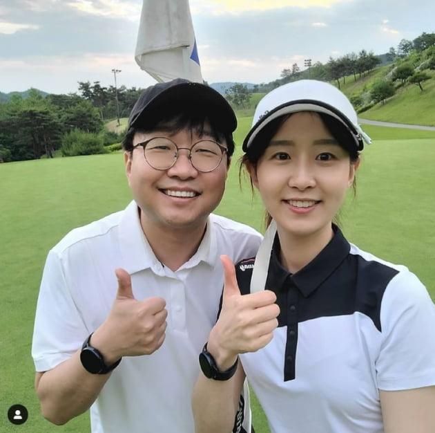 """'17세 연하 천예지와 골프 데이트  ♥박휘순 """"늙어서도 나 데리고 다녀줘""""[TEN★]"""