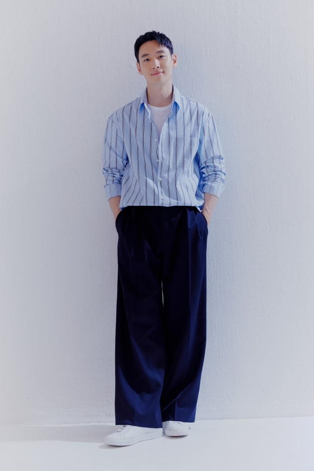 배우 이제훈