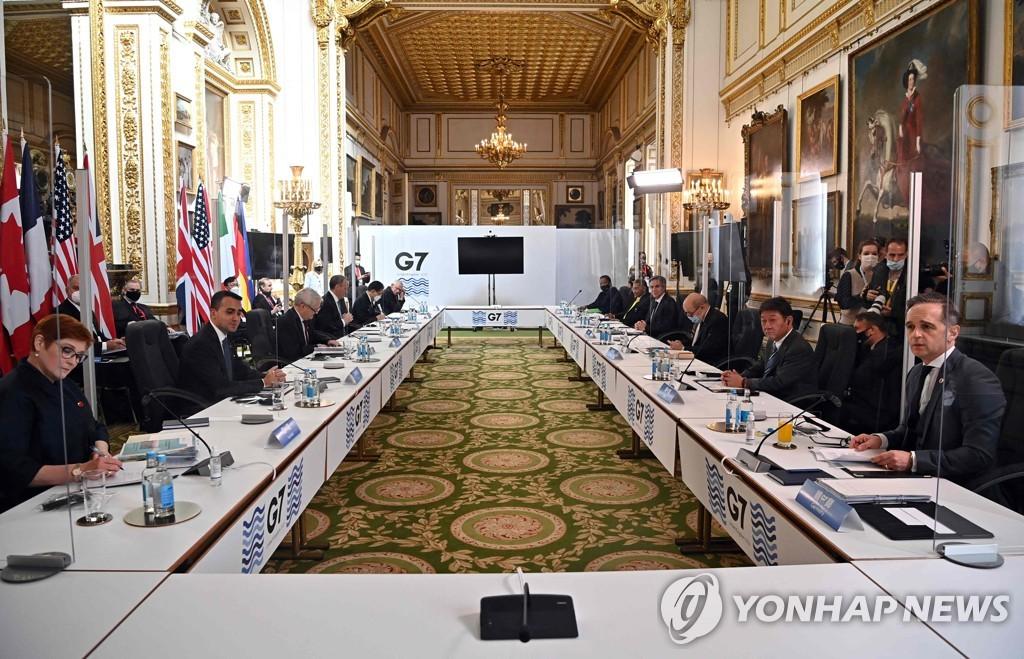 중국·러시아에 목소리 높인 G7 외교장관…백신생산 확대 협력(종합)