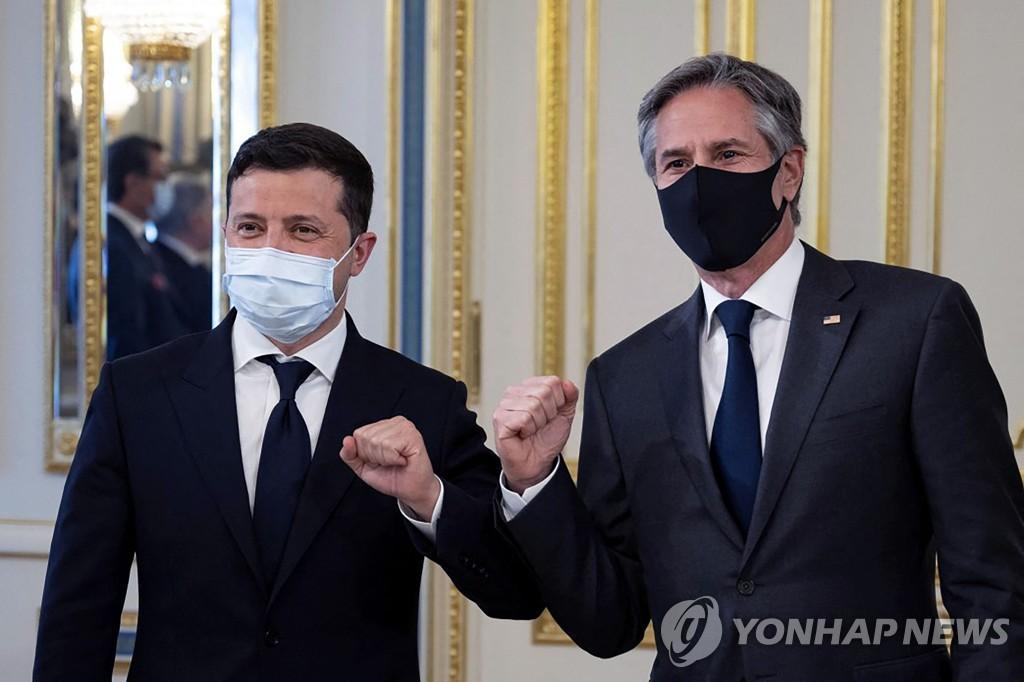 우크라 방문 블링컨 미 국무, 현지 지도부와 대러시아 공조 논의