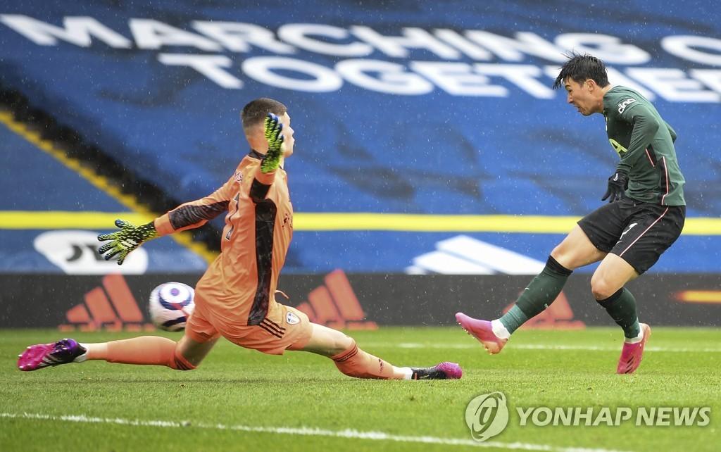 손흥민, 시즌 개인 최다 22호골…리그 17골은 '차범근과 타이'(종합)