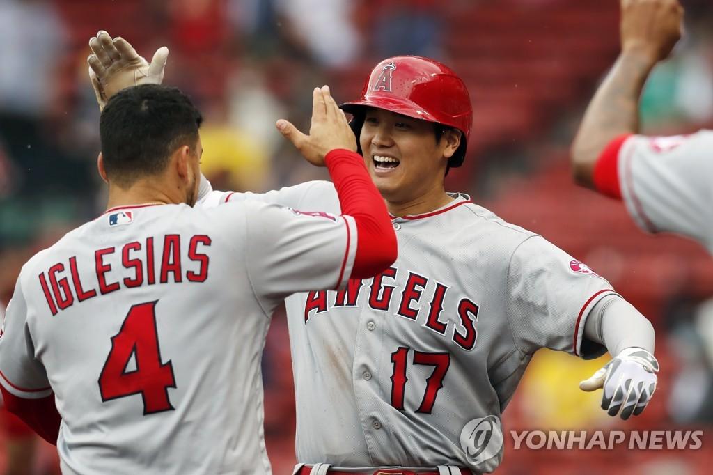 오타니, 9회 투아웃서 만화 같은 역전포…MLB 홈런 공동 선두