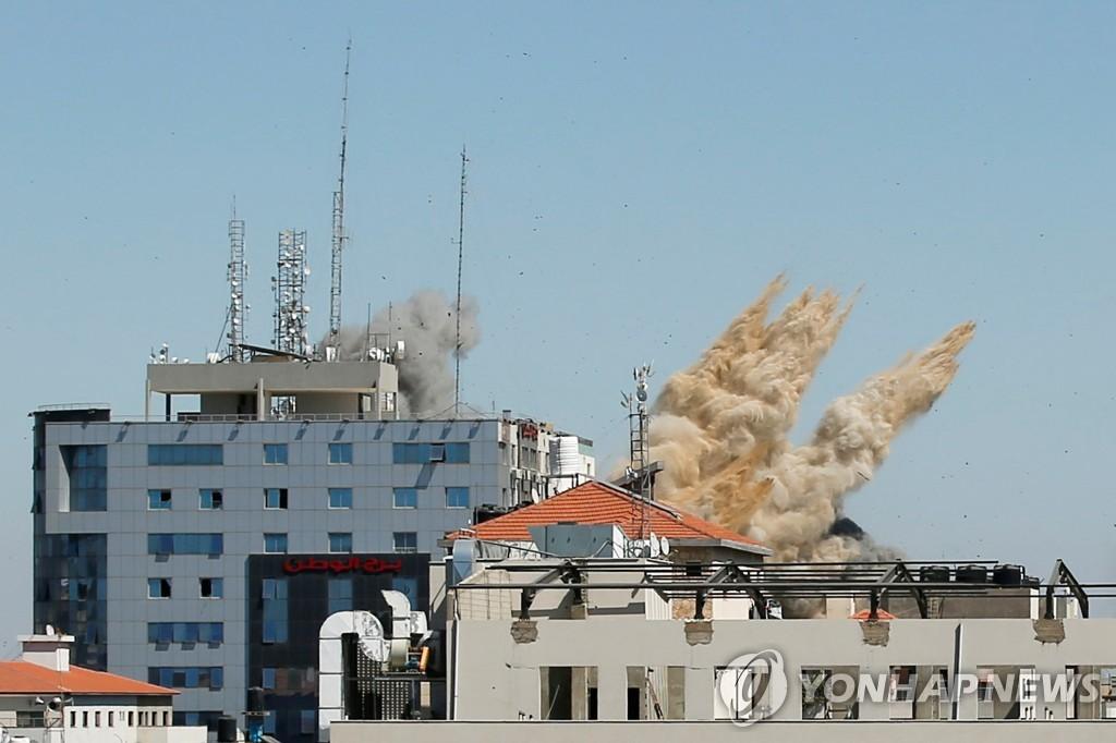 """""""이스라엘군, 가자지구 내 AP·알자지라 입주 사무실 폭격"""""""