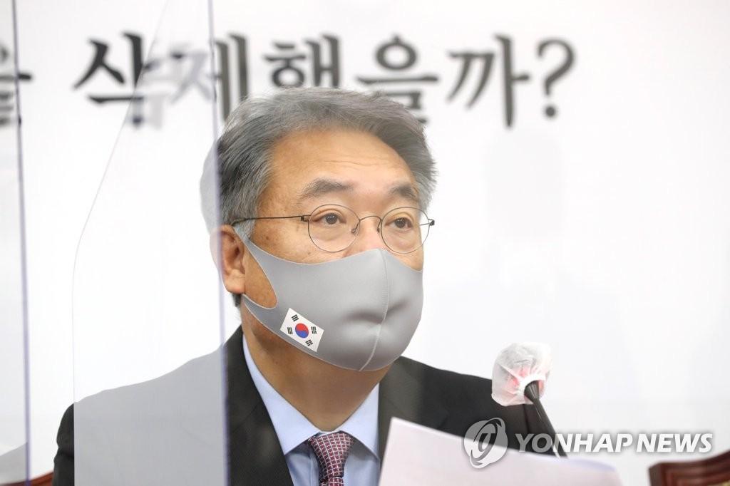 """정진석, 이준석·홍준표 설전에 """"막말 프레임"""" 경계"""