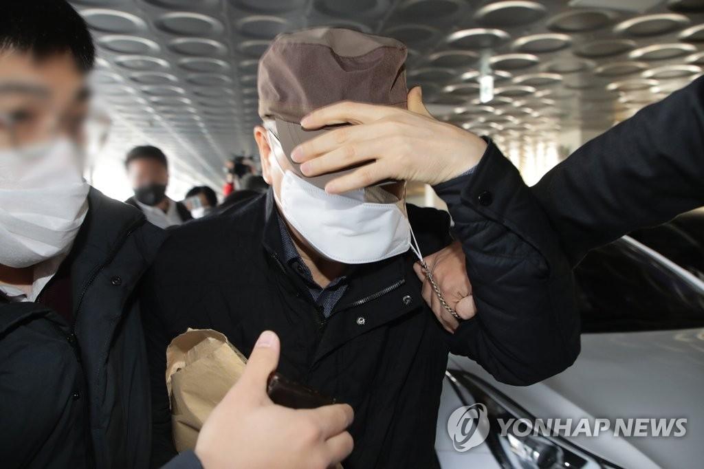경찰, '땅투기 의혹' LH 강사장·전해철 前 보좌관 영장신청