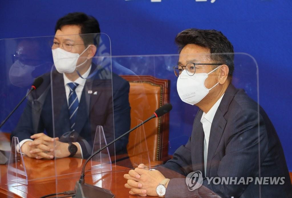 """이철희 """"지금부터 黨주도, 대통령 뜻"""" 송영길 """"당정청 원팀"""""""