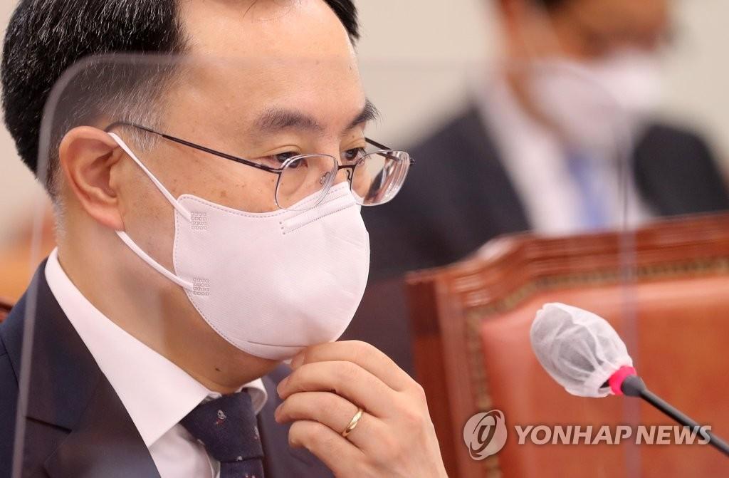 문승욱 청문회 당일…산자위, '적격' 보고서 합의채택