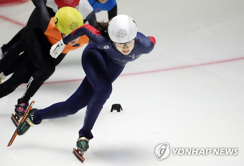 [고침] 스포츠(돌아온 심석희, 올림픽 선발전 2차대회 첫…)