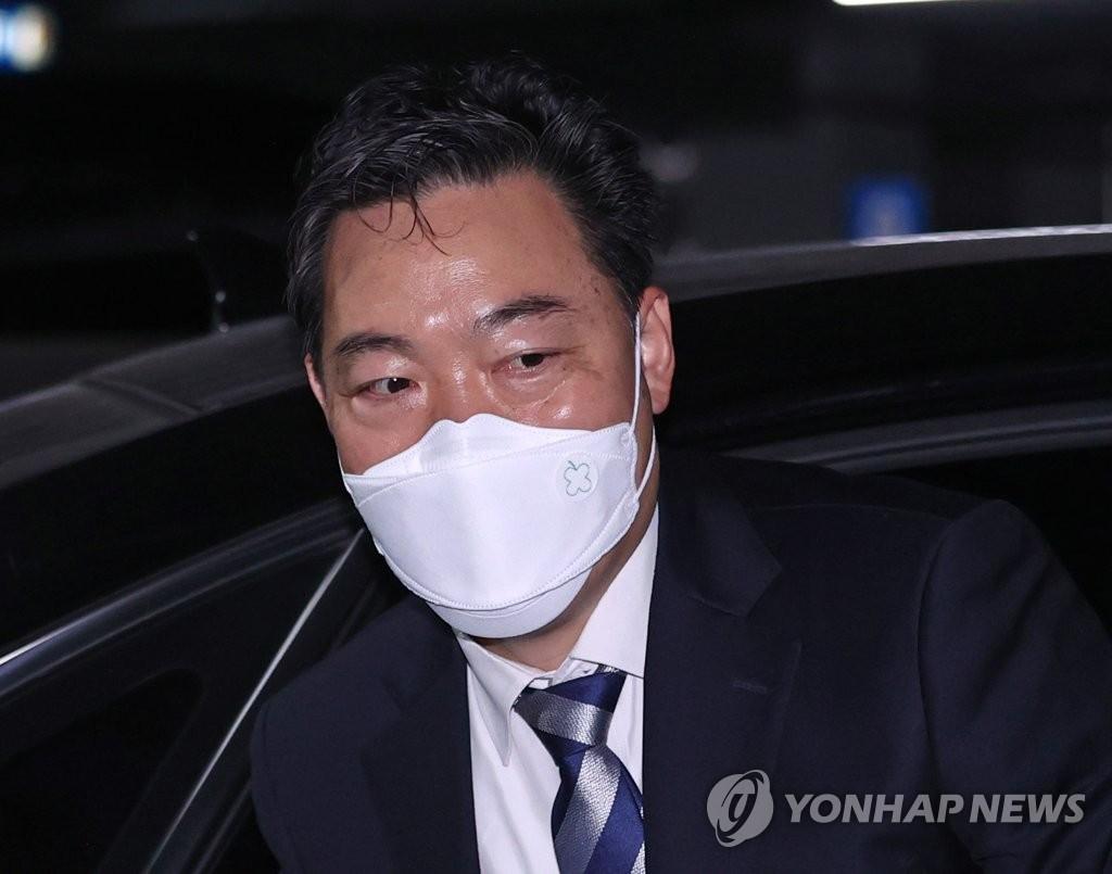 """김오수, 소득세 축소 반박…""""4천100만원 추가납부 예정"""""""