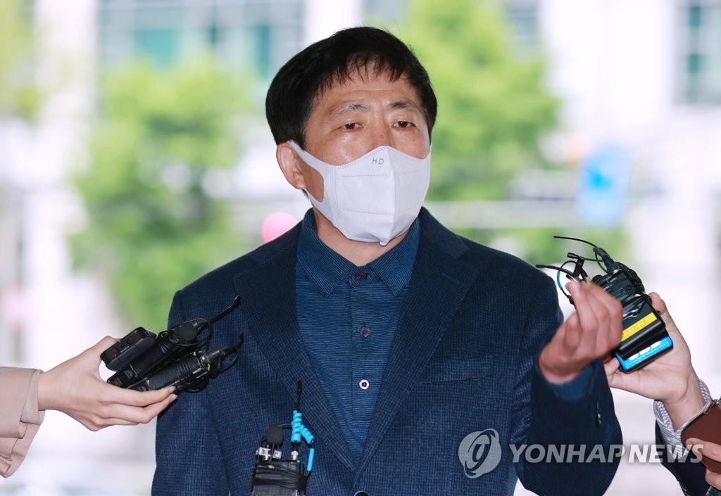 '대북전단 살포' 박상학 6시간 조사 마치고 귀가(종합2보)