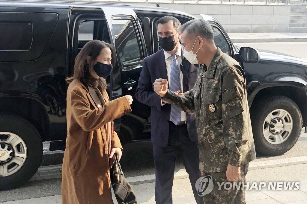 미 정보국장, DMZ·국방정보본부 방문…한반도 정세 파악 행보(종합)