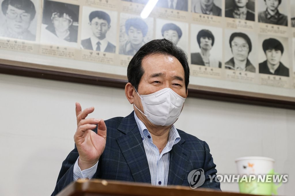 與 빅3, '친문 확보' 경쟁 가열…盧12주기가 1차 분수령(종합)