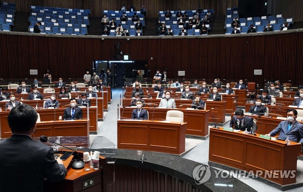 '성추문·내로남불에 무능한 중년男'…與 이미지 추락(종합)