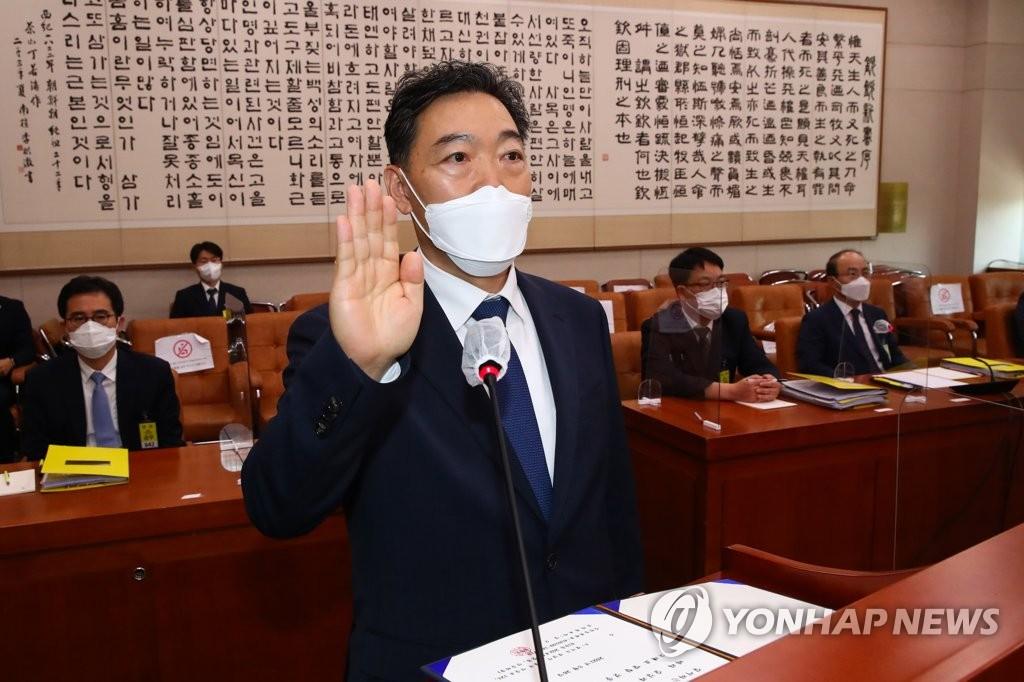 """김오수 """"라임·옵티머스 운영자 변론·관여 안해"""""""