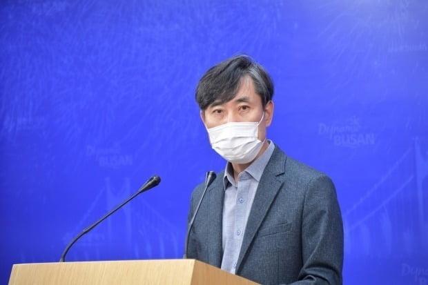 하태경 국민의힘 부산시당위원장이 9일 오전 부산시청에서 부산미래혁신위 활동 계획을 발표하고 있다. 사진=연합뉴스