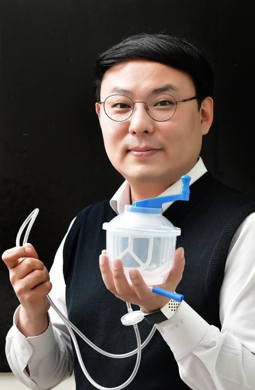[전남대기술지주회사 초기창업패키지] 골시멘트 등 인공관절 시술에 사용되는 1회용 의료기기 개발한 브라이톤