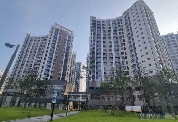 서울시 강동구 상일동 인근의 한 아파트 전경 사진=이송렬 기자