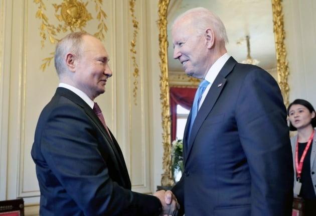푸틴 러시아 대통령과 조 바이든 미국 대통령/사진=AP