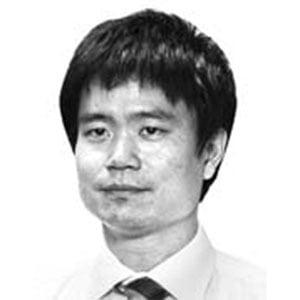 """""""정부 지원 받는다"""" 자랑하는 대통령 아들"""