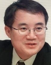[한상춘의 국제경제 읽기] 금리인상 군불 때는 한은…'김현미 악몽' 되새겨야