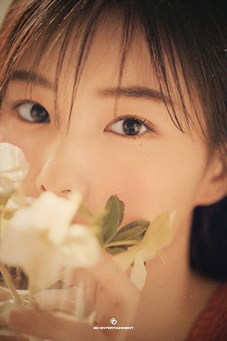 강혜원, 데뷔 첫 포토북 'Beauty Cut' 발매…순수 & 입체적 매력 공존