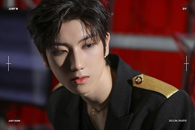 JUST B 전도염, 'JUST BURN' 개별 콘셉트 포토 공개…'베일 듯한 옆선+시크 카리스마'