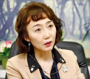 """강선경 사회복지공제회 이사장 """"사회복지사 '봉사인' 아닌 전문가로 대우를"""""""